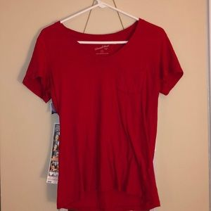 universal thread v neck